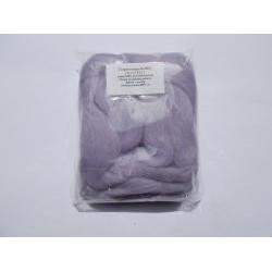 Česané ovčí rouno, barva lila světlá, 20 g