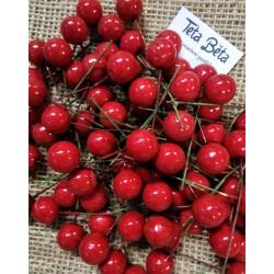 Červené kuličky do věnců, průměr 1,4 cm