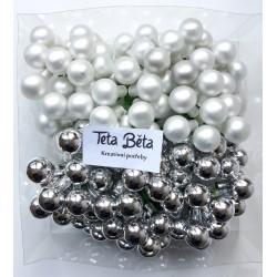 Skleněné stříbrné kuličky, lesklé, na drátku, průměr 1,5 cm