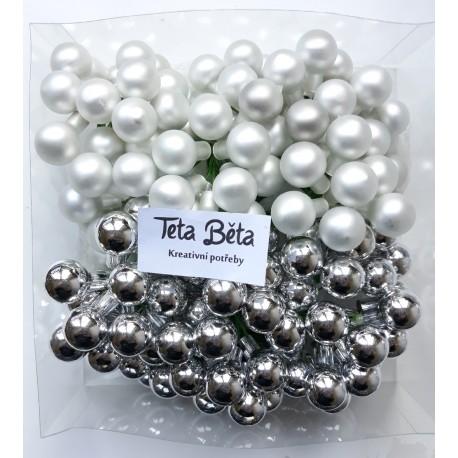 Skleněné stříbrné kuličky, matné, na drátku, průměr 1,5 cm