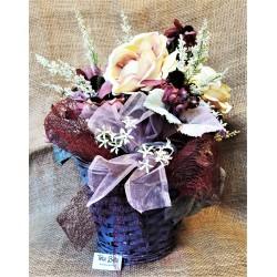 Proutěný košík s květinami, výška  42 cm