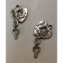 Kovový přívěsek Srdíčko s klíčkem, Made with love