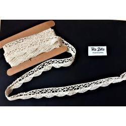 Krajka krémová, bavlna, 1,8 cm šířka, 4,5 m