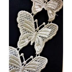 Krajka, krémová, motýlci, průměr motýlka 7 cm, 0,91 m