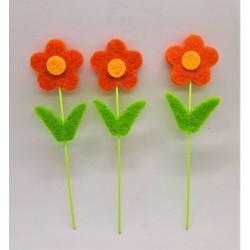 Zápich, kytička, oranžová, z filcu, výška 10 cm, průměr květu 2,5 cm