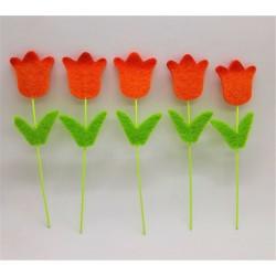 Zápich, tulipán, oranžová barva, z filcu, výška 10 cm, průměr květu 2,5 cm