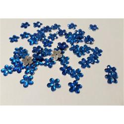 Květina plastová našívací modrá 50 ks