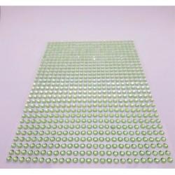 Samolepící akrylové kamínky zelinkavé 3mm 750 ks