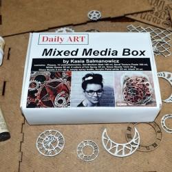 Mixed media box, Kasia Salmanowicz