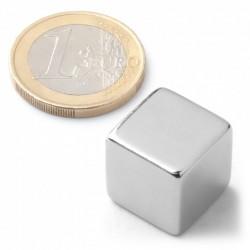 Magnet neodymový 15 x 15 x 15 mm