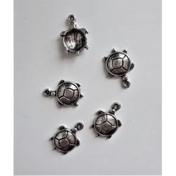 Kovový přívěsek želva průměr 1,5 cm
