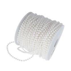 Perleťové korálky na šňůře, bílá, 4 mm