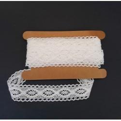 Krajka bavlna bílá šířka 2 cm v balení 4,5 m